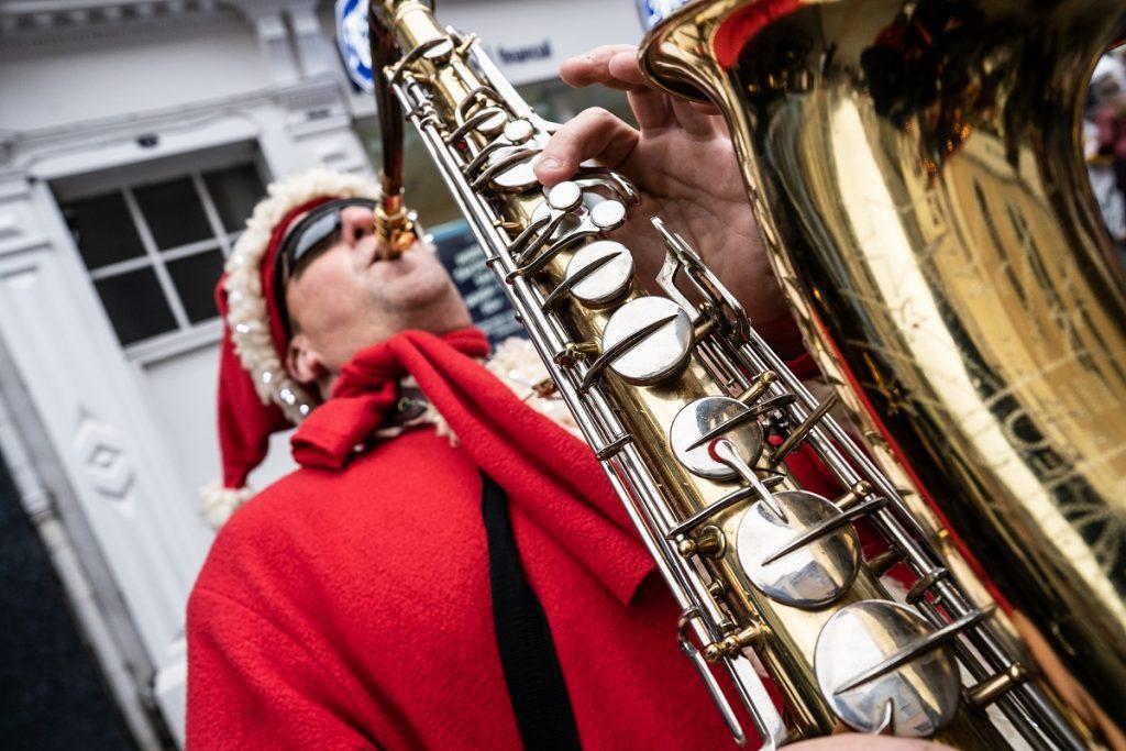 Hire Santa Musician