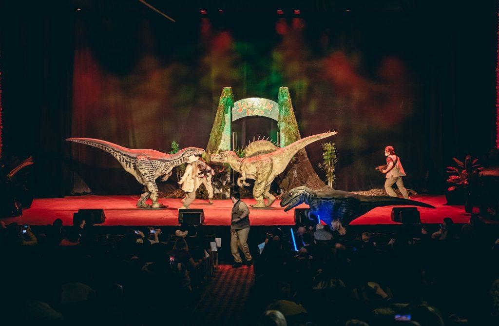 Jurassic Earth Theatre Show