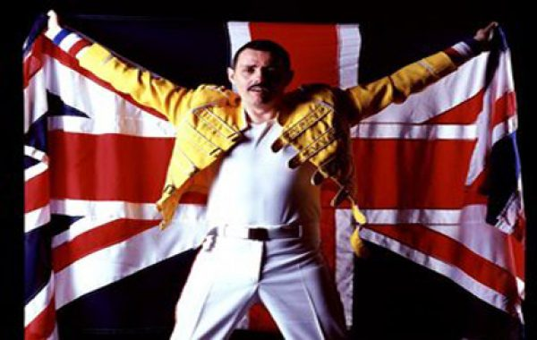 Dean Richardson as Freddie Mercury