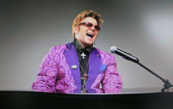 Elton John Tribute – Jimmy Love