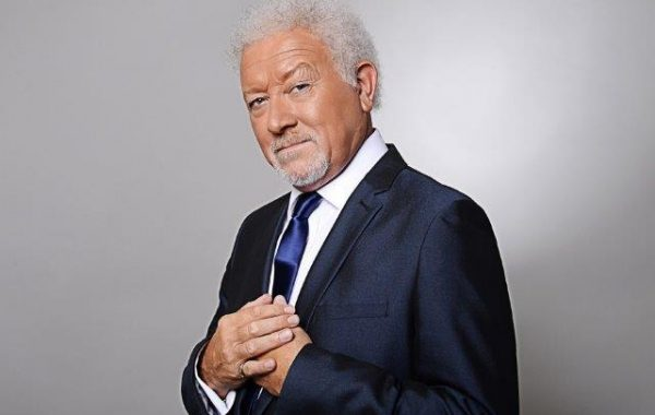 Tom Jones by Martin Jarvis