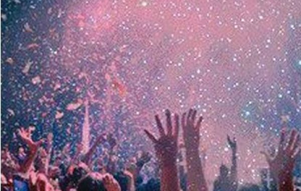 Hire a Glitter Cannon for Parties