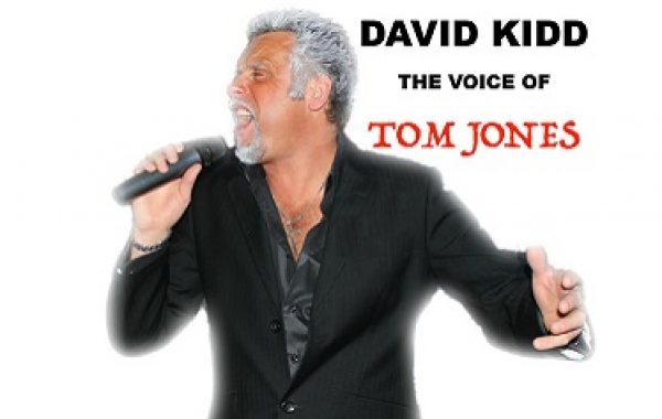 David Kidd as Tom Jones